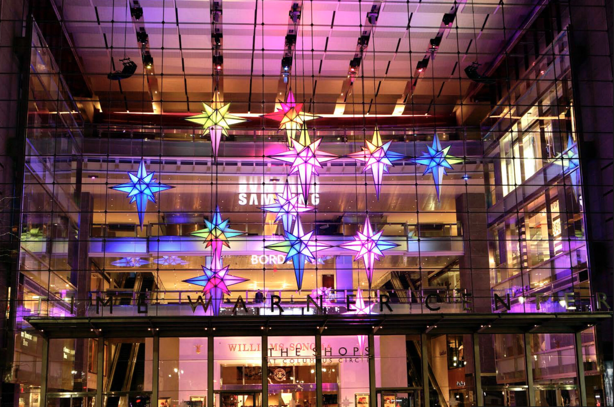 Iconic Holiday, Shopping Center Christmas, New York Christmas, Experiential Marketing, Matthew Schwam, Matthew Schwam Design Solutions